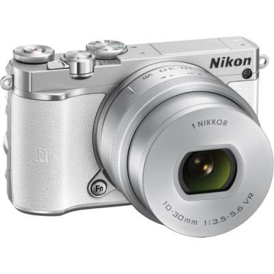Digitální fotoaparát Nikon 1 J5 + 10-30mm bílý