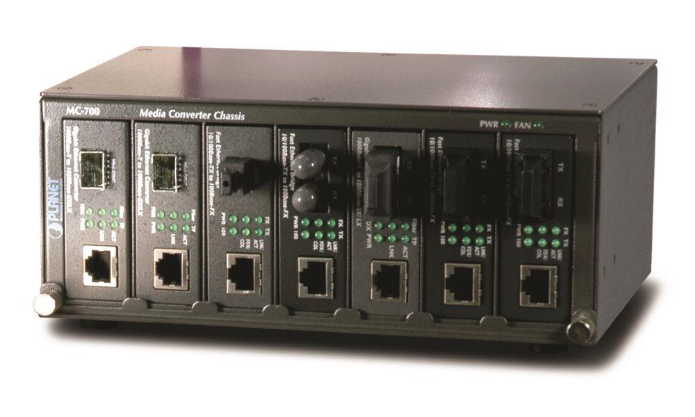 """Planet MC-700, šasi 7 slotů pro media konvertory, 10""""/2U, interní napájení 40W"""