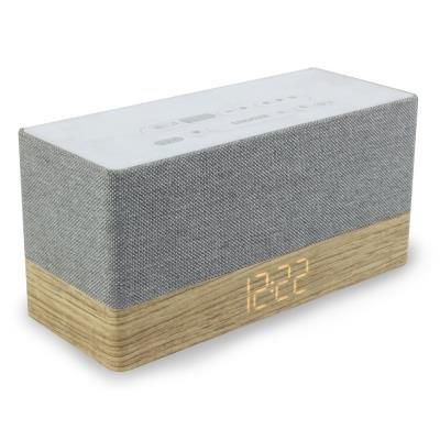 Radiobudík Soundmaster UR620