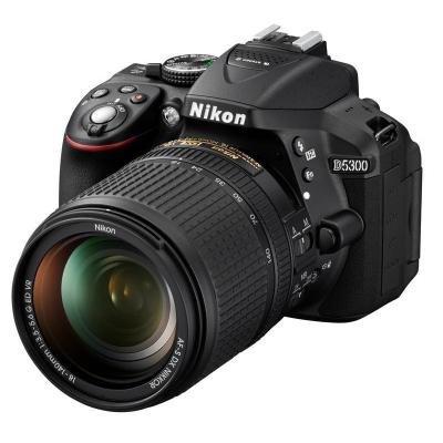 Zrcadlovka Nikon D5300 + 18-140 AF-S VR